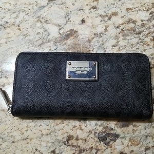 Wallet michaels kors